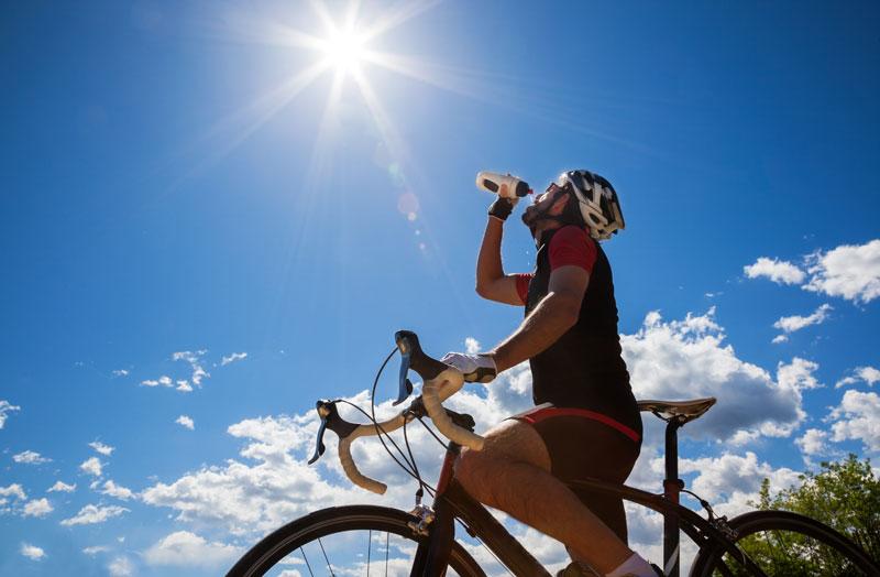 50 tips para evitar averías en la bicicleta (y truquitos para salir del paso): bidón