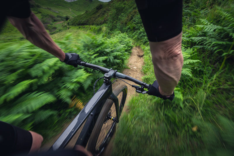 con la mountain bike