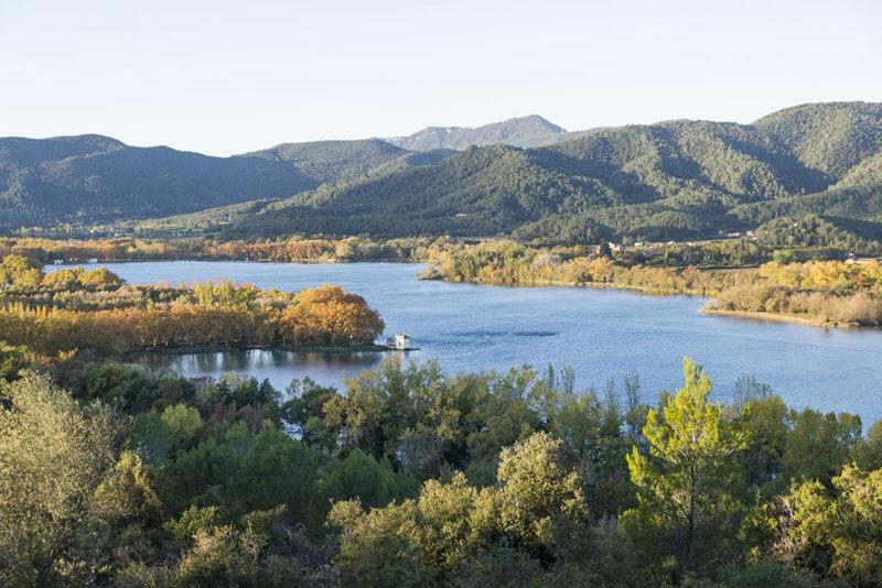 Lago de Bañolas. Turisme Banyoles @Harold Abellan