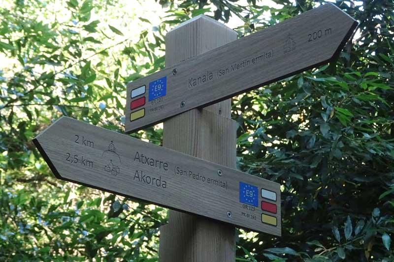 Hasta la cima del monte Atxarre: E9 y GR 123