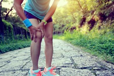 Corredora con lesión de rodilla