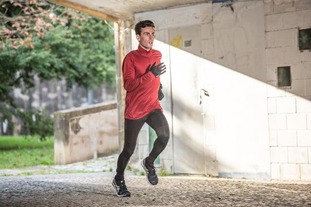 mantener el ritmo en los kilómetros finales de una carrera