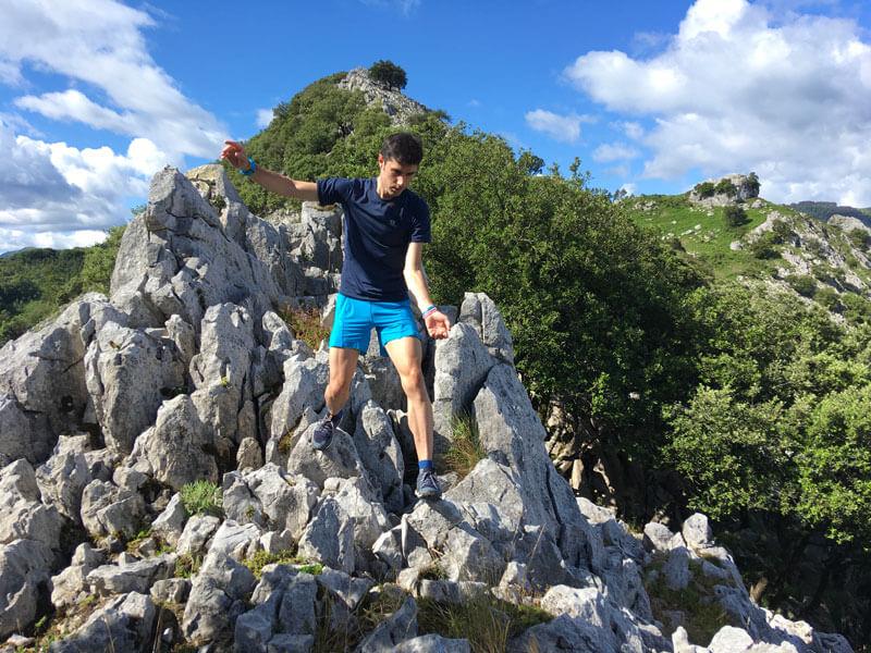 Adidas Terrex Agravi en roca