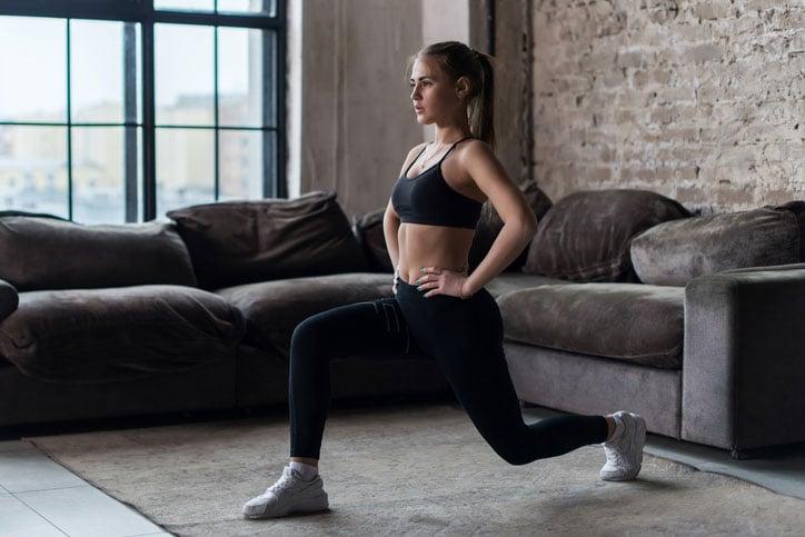 Los 6 mejores ejercicios para corredoras principiantes: zancada