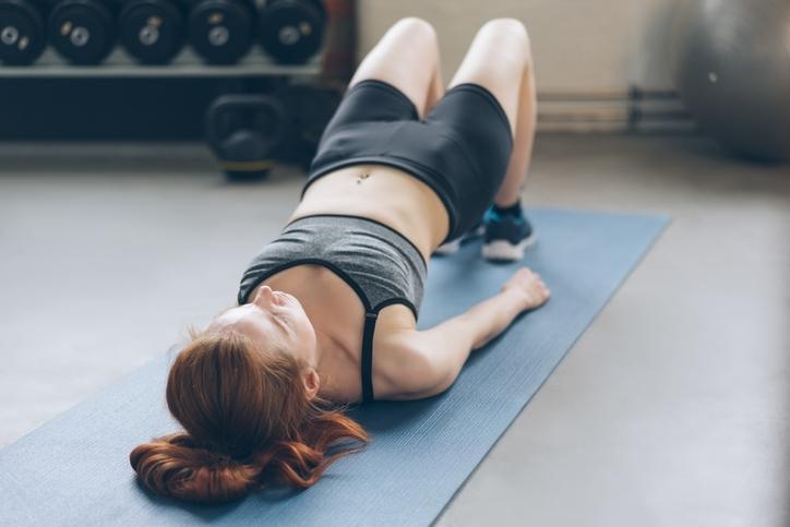 Los 6 mejores ejercicios para corredoras principiantes: puente